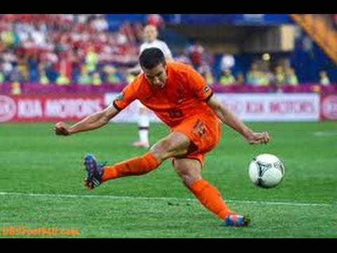 Funny Football ~ Miss Kick - Miss Goals -  Goalkeeper Fails - Falls Down |HD