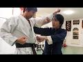 空手の達人が八極拳のヒジを体感!Karate master experiences Ba ji quan(Naka sens…