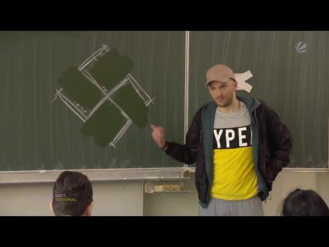 Nazi-Aussteiger: Theaterprojekt im Klassenzimmer