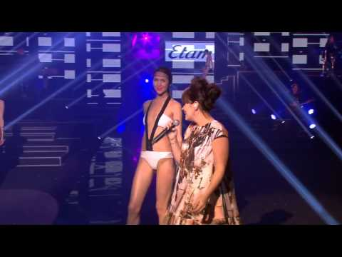 Lily Allen - Smile - Live Etam Fashion Show 2013 HD