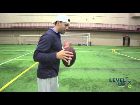 How Indianapolis Colts QBs Warmup - Chandler Harnish shows you what the Pros do