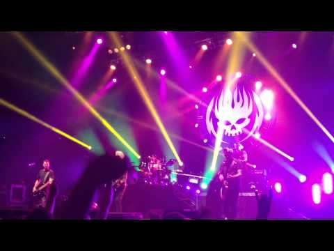 The Offspring  Why Dont You Get A Job (Live St.Petersburg  02.06.2013)