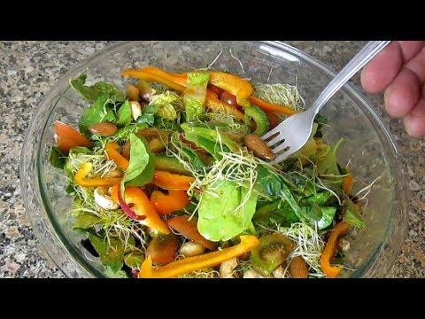 delicious garden fresh salad with homemade dressing recipe - Delicious Garden