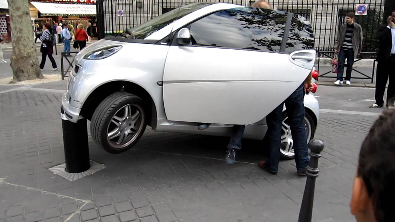 Lifted Smart Car >> Smart Car stuck on a rising bollard - YouTube