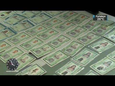 Polícia prende integrante de quadrilha que aplica golpes em todo o país | SBT Notícias (24/10/17)