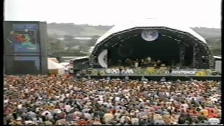 Johnny Cash (Glastonbury 1994) [15]. A Boy Named Sue