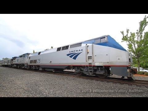 Amtrak Coast Starlights 11 & 14 stopping at Salem Station, Oregon: Private car season!