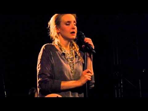 Клип Leslie Clio - Holding On To Say Goodbye