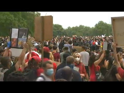 Thousands rally against police violence in London