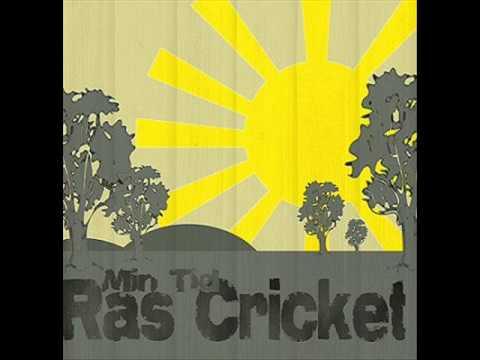 Ras Cricket- Polisen slår (Lyrics)