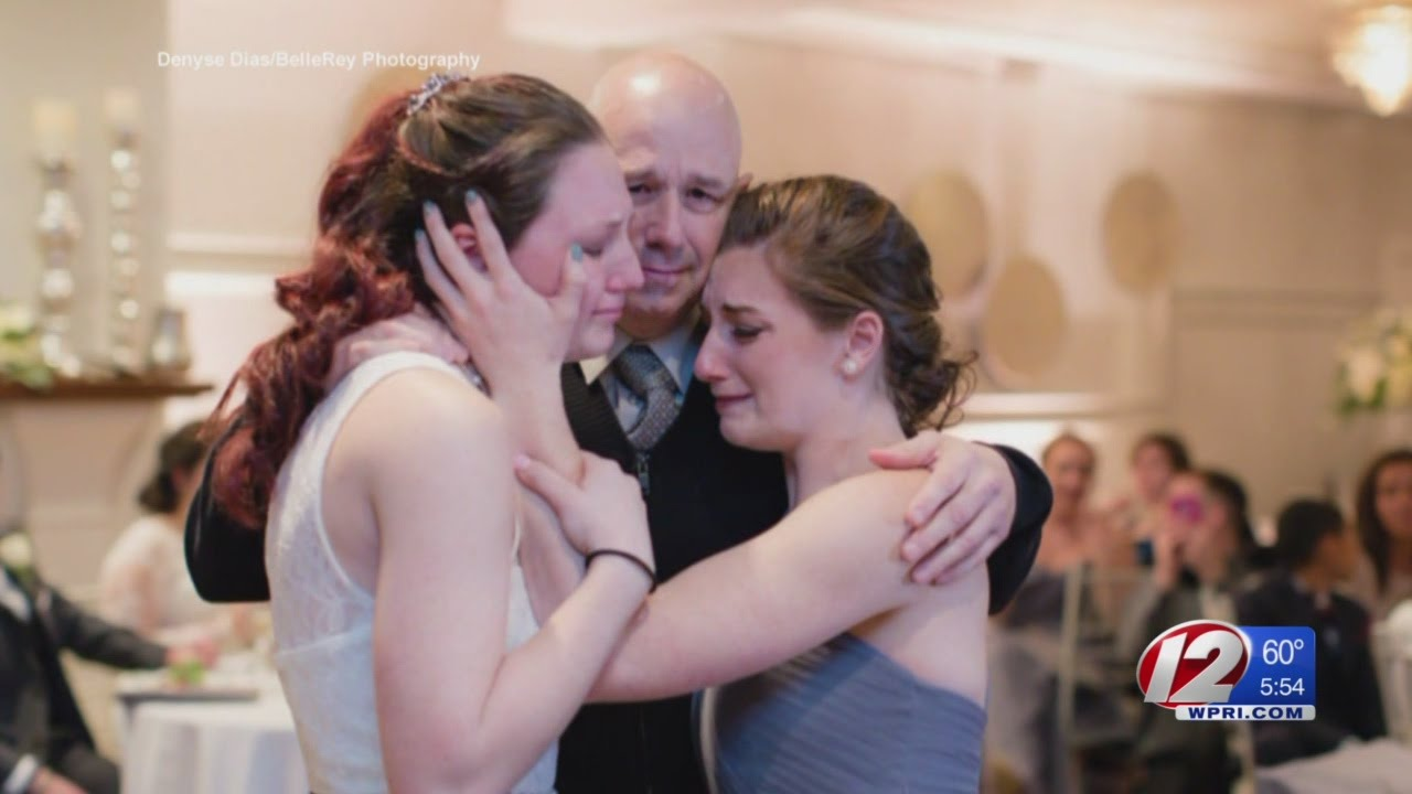 bride gives up father