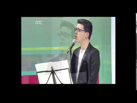 Daniel Testa singing 'Home' by Michael Buble Live