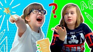 Как помогаю СТАРШЕМУ брату делать уроки 😆 Видео для детей. Школа от Alisa Kisa
