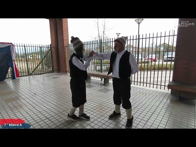 7°A Pumahue Chicauma realiza su baile del mes de la patria, representando el Sur con la Trastrasera
