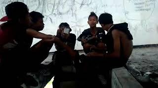 Download Video Suci dalam debu.trawas crew MP3 3GP MP4