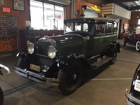 1928 Studebaker Commander Sedan