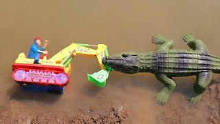 Crocodile With Toys Construction Vehicles : Excavator | The hulk | Dinosaur toys