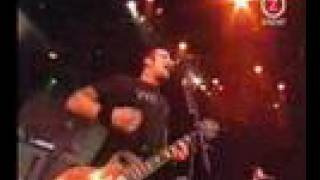 MILLENCOLIN: Fingers Crossed and Bullion (Live At Hultsfred 2002)