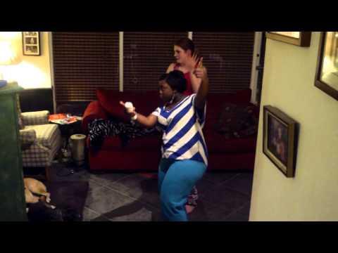 Maddie & Ashton playing Good Feeling on Just Dance 4!!!!