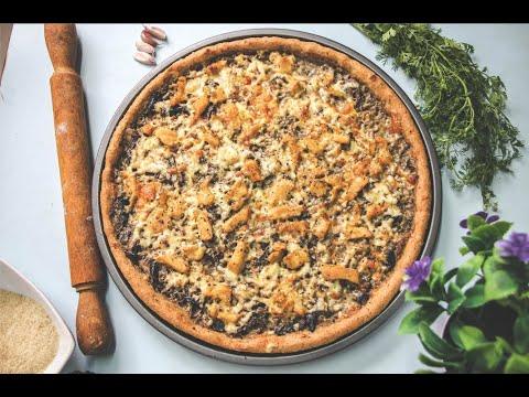 pizza-sauce-blanche-et-pate-maison-à-la-farine-complète