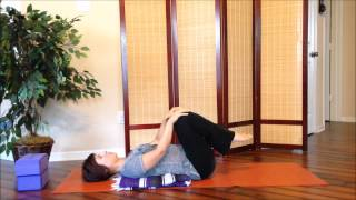 Simple Low Back Pain Relief with Knees to Chest Pose (Apanasana)