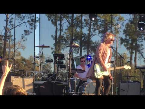 The Griswolds Out of My Head LIVE at Bullstock 2017