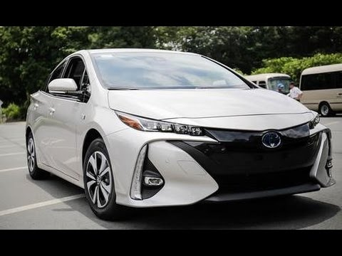 2017 toyota prius phv plug in hybrid review youtube. Black Bedroom Furniture Sets. Home Design Ideas