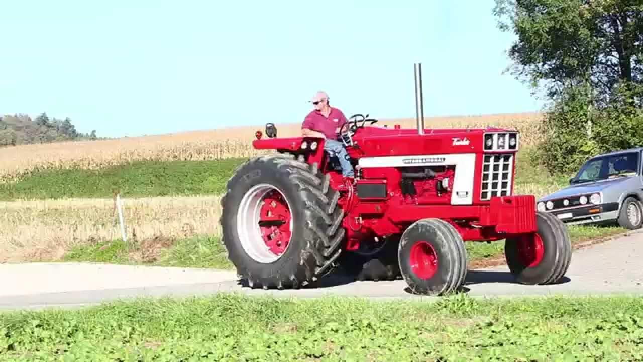 Farmall 1066 Tractor : Farmall my first video rebuilded is brandnew