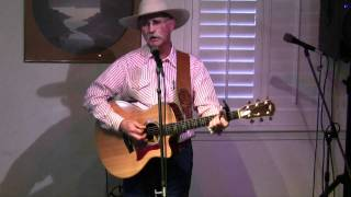 Dave Stamey sings Tonopah in the Slater-Lunsford Pavilion