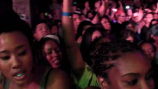N.E.R.D - FLY OR DIE - LIVE @ X GAMES PARTY 8.1.09