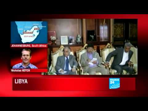 Libya : Reports plane bound for South Africa in Tripoli