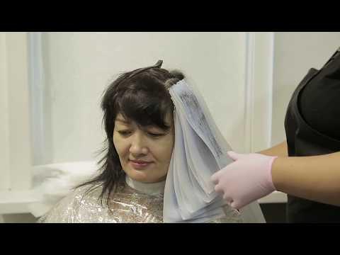 Колористика: Выход из черного без повреждения волос.  Декапирование. Окрашивание в бежевые оттенки.