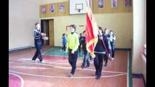 На уроке  физкультуры в  школе Новоузенского района.