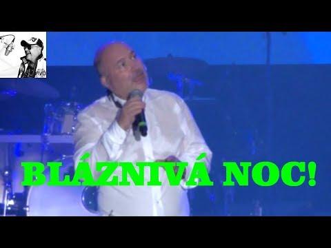 Michal David - Pár přátel (Bláznivá noc, O2 arena, Praha 2015)