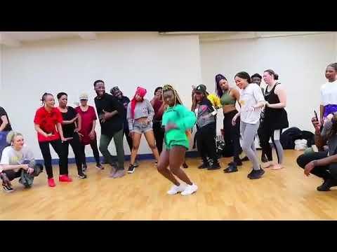 Akwaaba;Guiltybeatz, Pappykojo ,Mr Eazi, Patapaa;Best Akwaaba dance