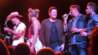 Friends In Low Places Dustin Lynch, Lauren Alaina, Michael Ray and others at 90s Country Night.mp3