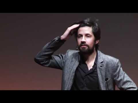 O elogio da preguiça ou o egoísmo enquanto virtude: João Moreira at TEDxCoimbra