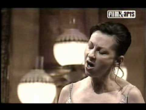dessay sonnambula Two years ago, the brilliant french coloratura natalie dessay thought her career   though, when she sang amina in bellini's la sonnambula.
