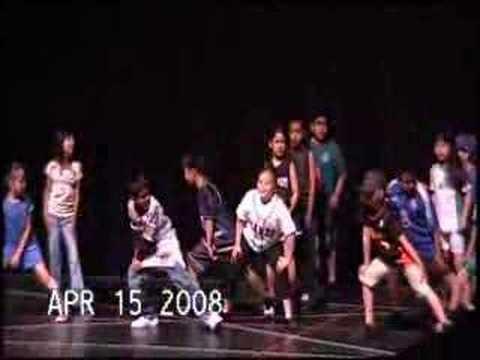 Adelante Spanish Immersion School Dance Video