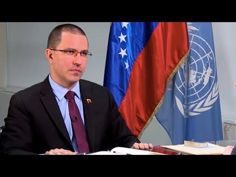 """Canciller de Venezuela: """"Los EEUU está en frente del intento golpista, no detrás"""""""