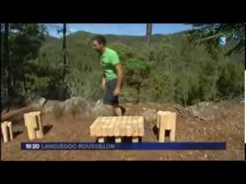 les meubles cologiques en bois de l 39 atelier chatersen sur france 3 youtube. Black Bedroom Furniture Sets. Home Design Ideas