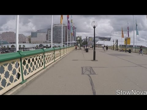 SYDNEY - Walk across Pyrmont Bridge - Darling Harbour (using FeiyuTech G4S SteadiCam)