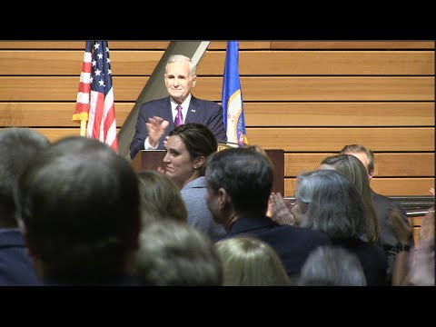Governor Shows Muslims Are Welcome In MN - Wild Applause Ensues