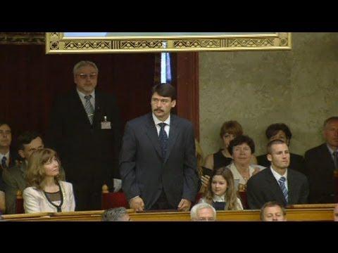 Hongrie : János Áder élu président sans surprise