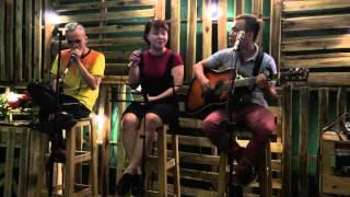 Thật bất ngờ - Acoustic covered by Diamond band HCM
