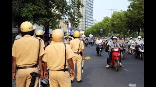 Xov Xwm Hmoob Sapa koom ntaus Police part 2 -  CSGT đánh người DÂN TỘC mông Sapa