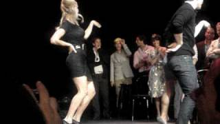 Download GLEE Cast Members-Single Ladies Dance! Mp3 and Videos