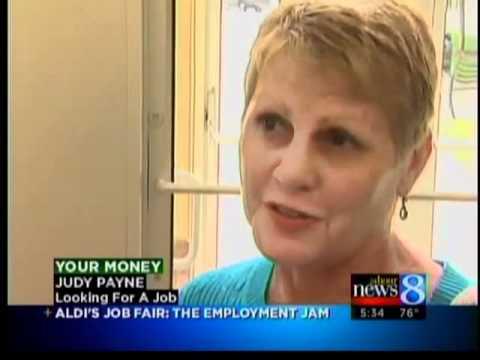 12 jobs at Aldi, 1000 applicants