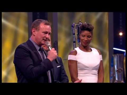 Michael O'Neill, wins BBC SPOTY Coach Award 2015