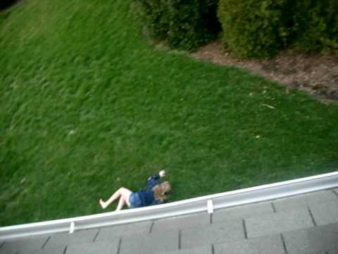 mary fell?